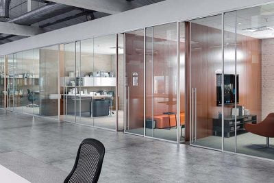 glazed-office-partitions-in-dubai-3