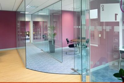 glazed-office-partitions-in-dubai-5