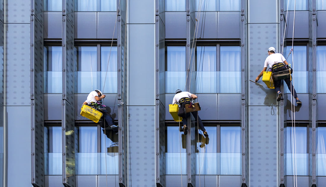 ACS A guide to rope access window cleaning